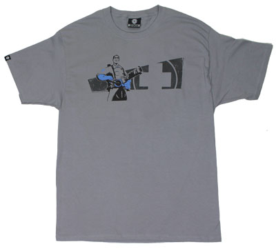 Medic - Team Fortress 2 T-shirt