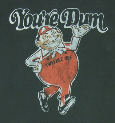 You're Dum - Alice In Wonderland - Junk Food Men's T-shirt