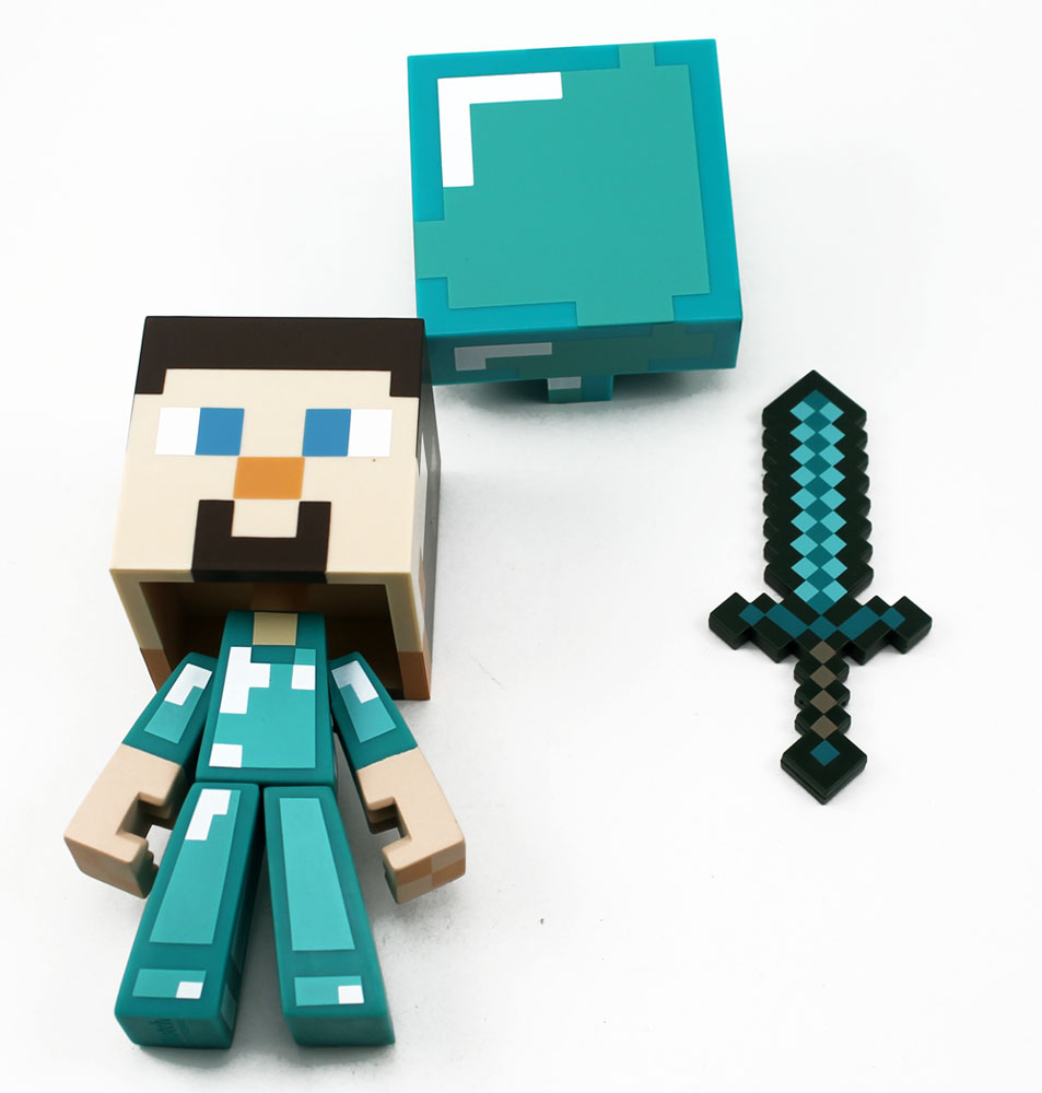 Diamond Steve - Minecraft Figure