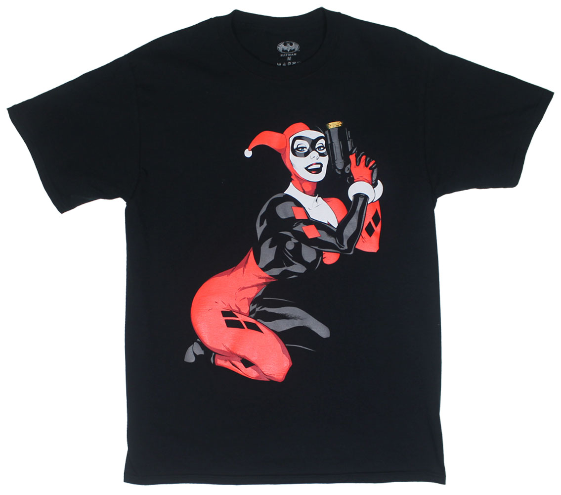 Harley Got A Gun - DC Comics T-shirt