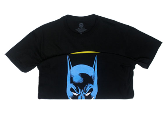 Batman Logo And Face - DC Comics Reversible T-shirt